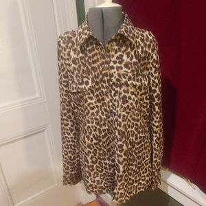 Super Chic Leopard Button Up